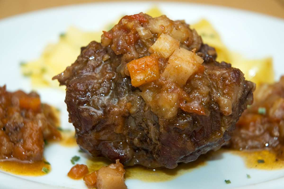Braised oxtail pressure cooker heathers for How to cook buffalo fish