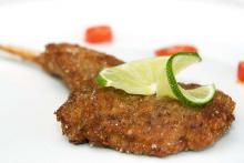 Black-Pepper-and-Lime-Breaded Lamb Chops